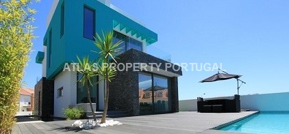 4 Bedroom House in Silver Coast