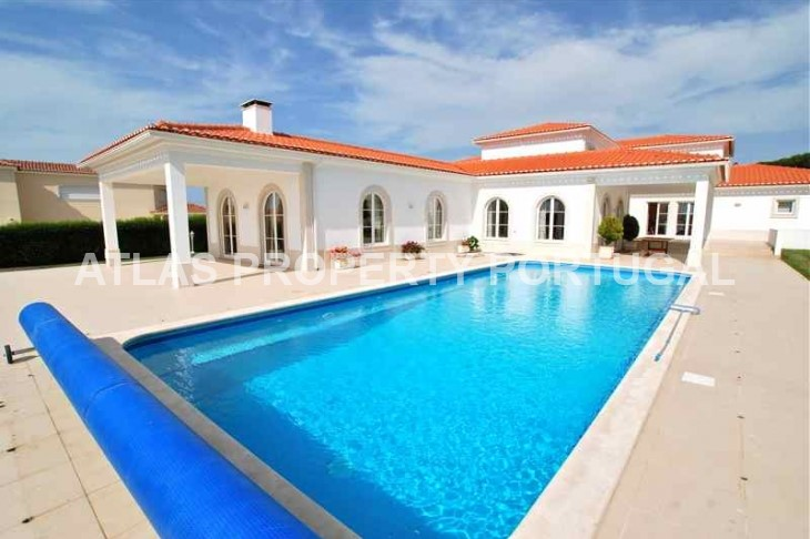 Luxury Front Line Beach 5 Bedroom Villa on Portugal's Silver Coast
